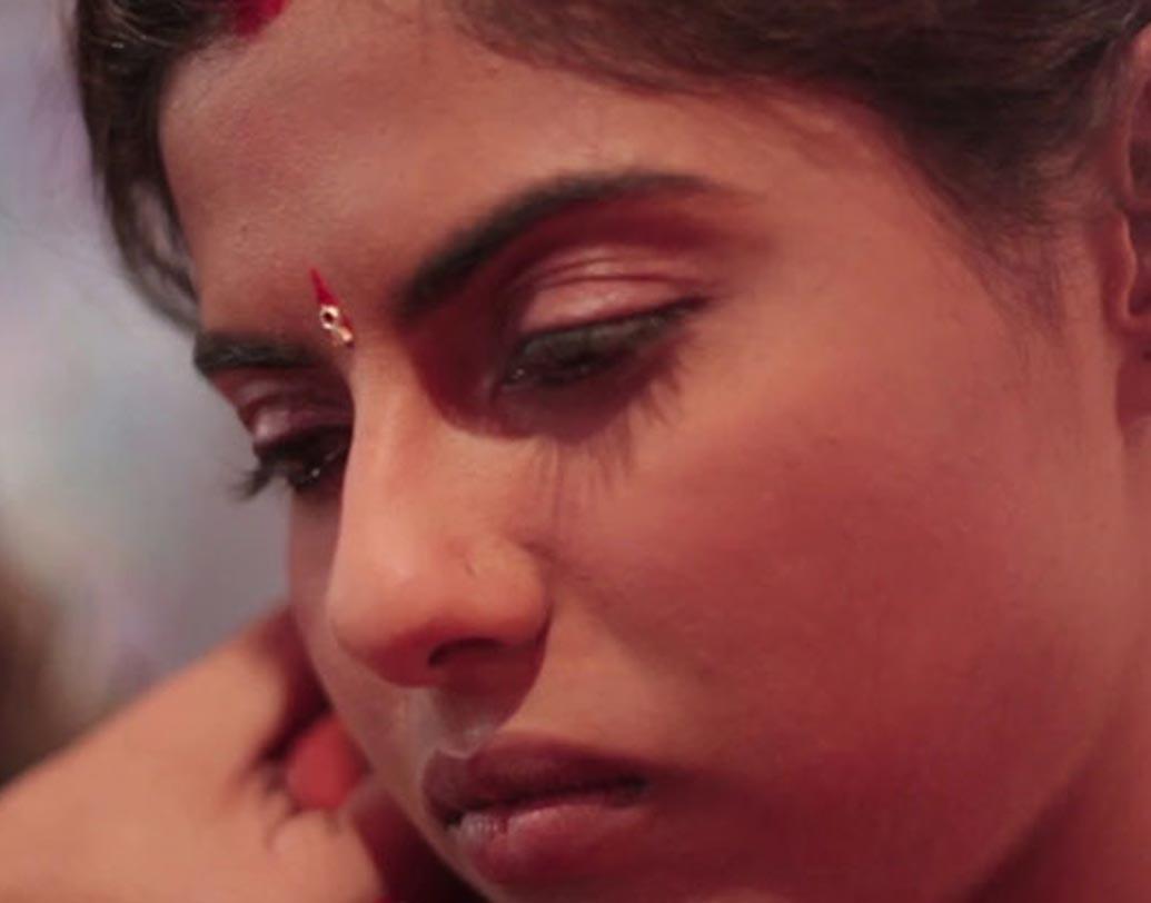 ভারতের ছবি 'দ্য হোলি ফিশ' তৈরি করেছেন সনীপ মিশ্রও বিমলচন্দ্র পান্ডে। ছবিটি আন্তর্জাতিক বিভাগে পুরস্কারের দৌড়ে রয়েছে। অবশ্যই এই ছবি দেখা উচিত। ছবিটি দেখা যাবে নন্দন-১-এ দুপুর ৩টেয়।