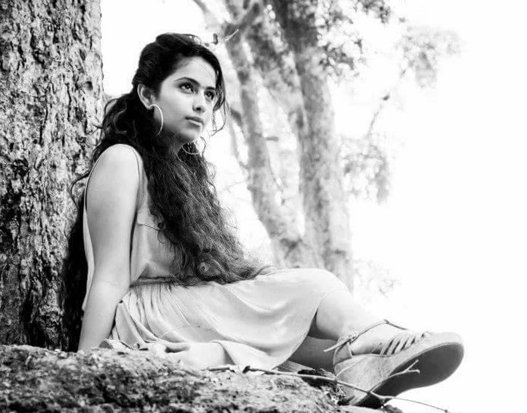 অভিকা গৌর: 'বালিকা বধূ'-র আনন্দী হিসেবেই তাঁকে চেনে সকলে। পরে 'শ্বশুরাল সিমর কা' সিরিয়ালেও তাঁকে দেখেছেন দর্শক। ভিয়েতনামে 'ফেস অব দ্য ইয়ার' অ্যাওয়ার্ড জিতেছিলেন অভিকা।