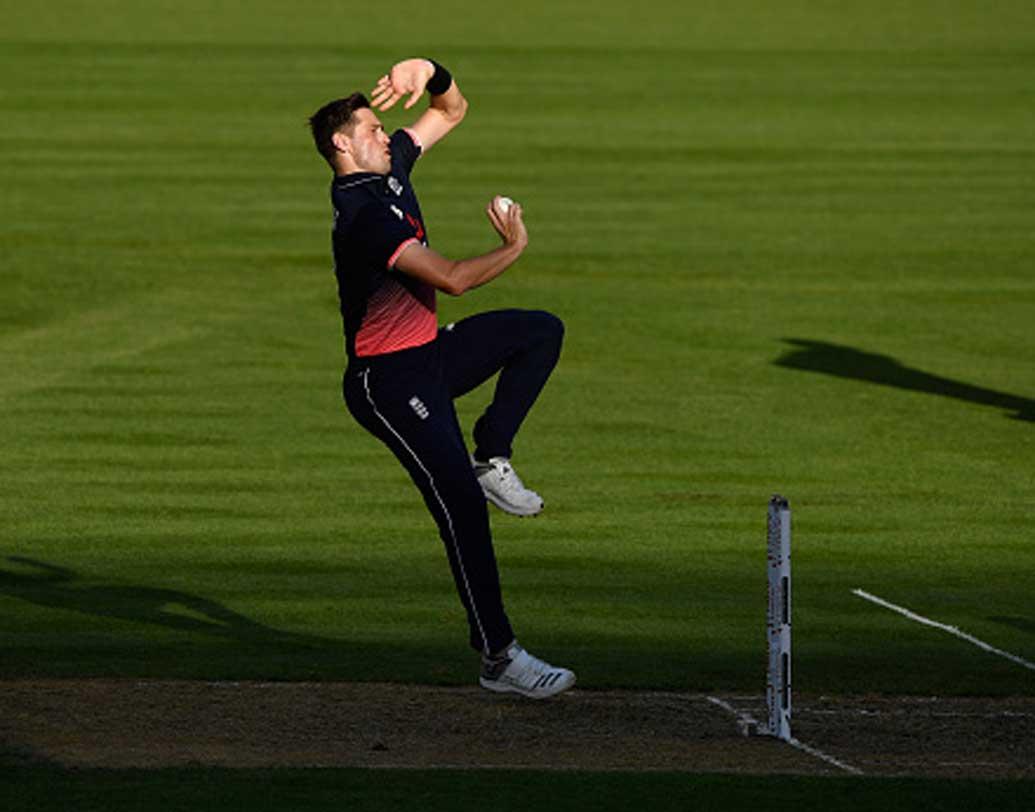 ক্রিস ওকস: উনত্রিশ বছরের ইংল্যান্ডের ক্রিকেটারটি একদিনের ম্যাচে দলের বড় ভরসা। খেলেছেন ৮০টি ম্যাচ। সেরা স্কোর অপরাজিত ৯৫। ডানহাতি পেসারের দখলে রয়েছে ১১৩টি উইকেট।
