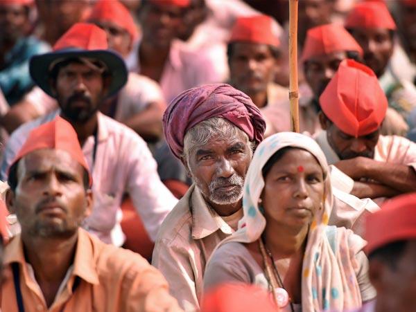 অাজাদ ময়দানে কৃষকদের সমাবেশ। পিটিআই।