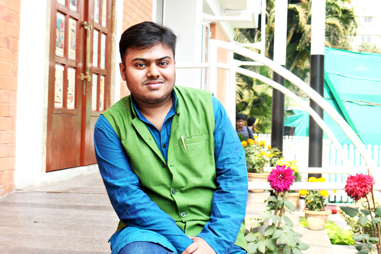 Exclusive interview of film director Pavel - Anandabazar