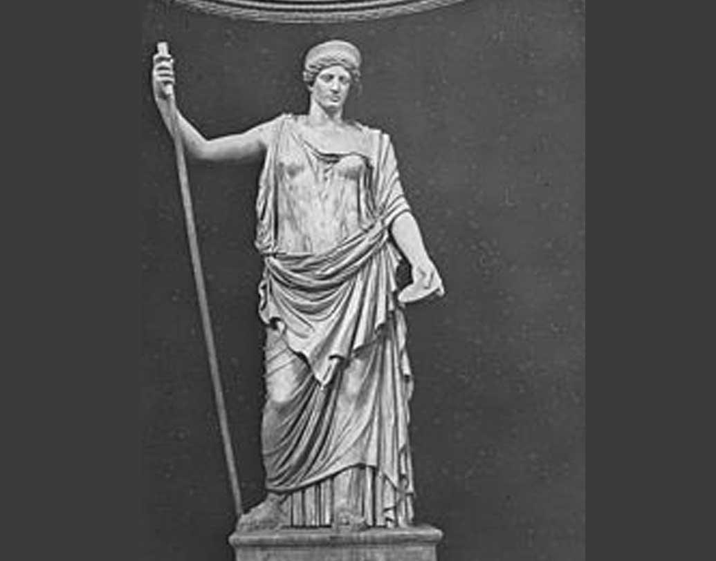 প্রাচীন রোমানদের কাছে জুন মাস ছিল বিয়ের মাস। এই মাসের নামকরণের পিছনে আছেন রোমানদেবী 'জুনো'। ইনি ছিলেন দেবতাদের রানি।