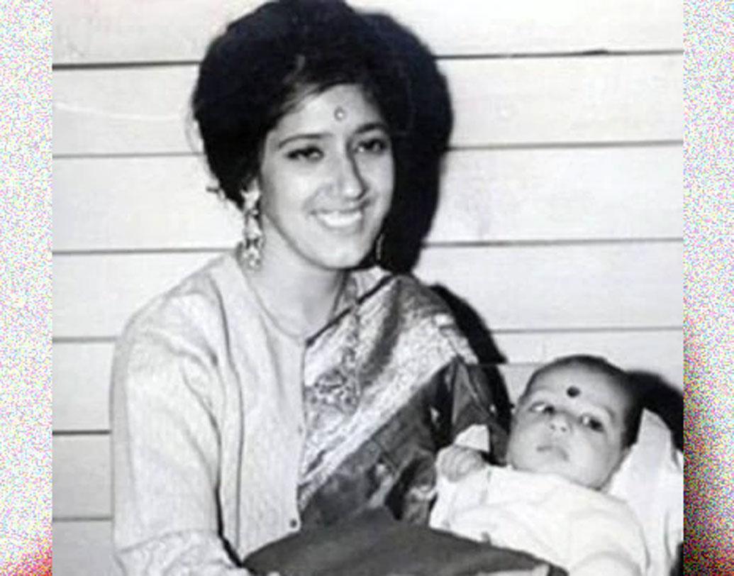 ১৯৭৫ সালে সিমলায় একটি রাজপুর পরিবারে জন্ম প্রীতির। মা নিলপ্রভা জিন্টার কোলের এই ছবিটা তাঁর জন্মের কয়েক মাস পরে তোলা।