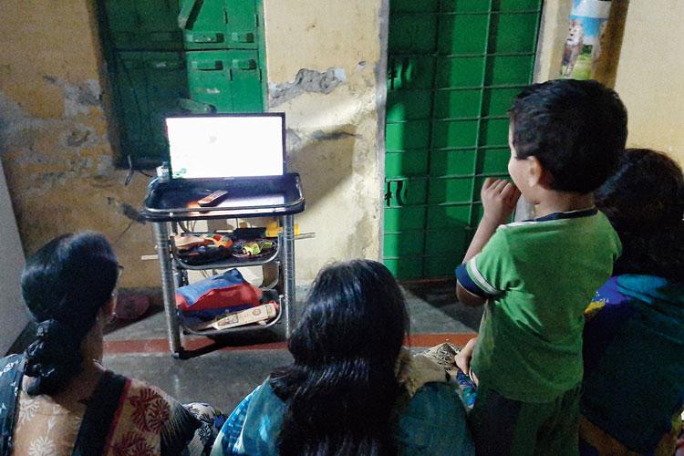 টিভি সিরিয়ালে ভূত-চর্চা।