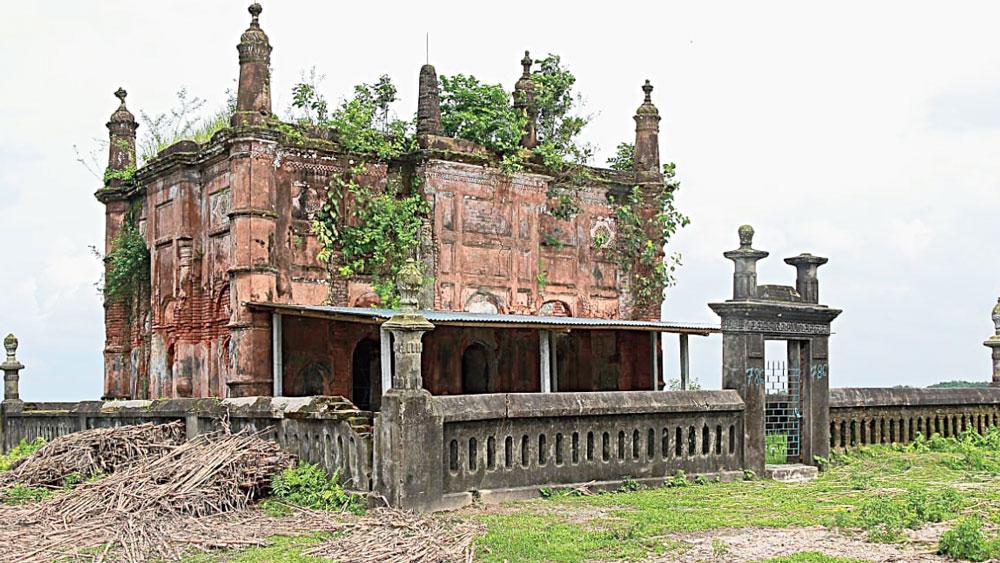 বেহাল: মুঘল আমলে তৈরি জামে মসজিদ। ইসলামপুরের কলতাহা এলাকায়। নিজস্ব চিত্র