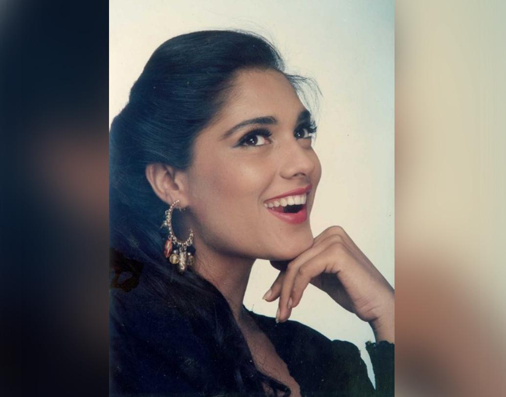 '১৯৯২'-এ 'গজব তামাশা', ১৯৯৩-এ 'কিং আঙ্কল', ১৯৯৫-এ 'জন্মকুণ্ডলী', ১৯৯৬-এ 'রিটার্ন অব জুয়েল থিফ'— একের পর এক ছবিতে অভিনয় করেন অনু।