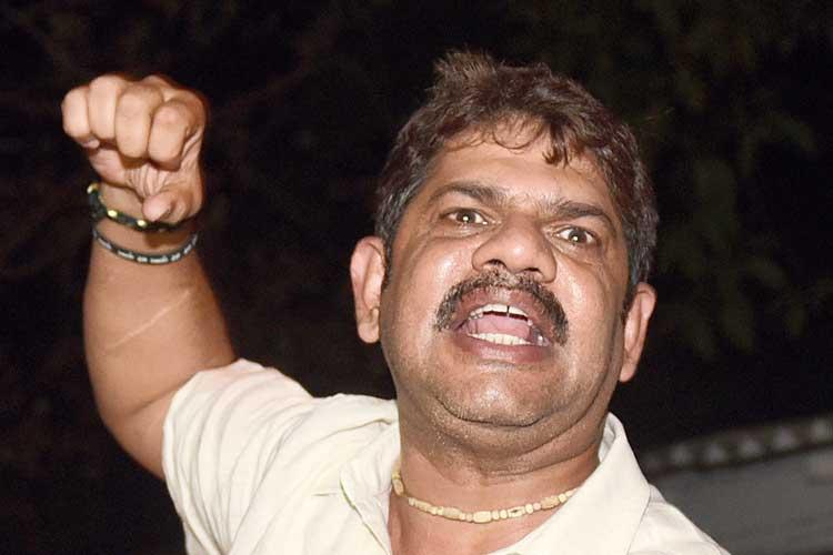 আলিপুর কোর্টে রাকেশ সিংহ। ছবি: রণজিৎ নন্দী