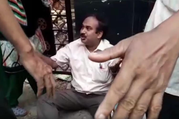 বুধবার কলেজেই নিগৃহীত সুব্রত চট্টোপাধ্যায়। ছবি: নিজস্ব সংবাদদাতা