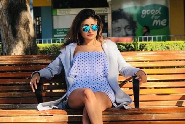 অভিনেত্রী জুহি সেনগুপ্তকে হেনস্থার অভিযোগ। ছবি: জুহির ফেসবুক থেকে নেওয়া