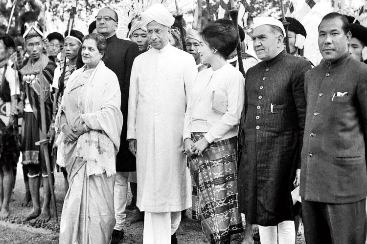 নতুন রাজ্য নাগাল্যান্ড। উপস্থিত রাষ্ট্রপতি সর্বেপল্লি রাধাকৃষ্ণণন। ফাইল ছবি
