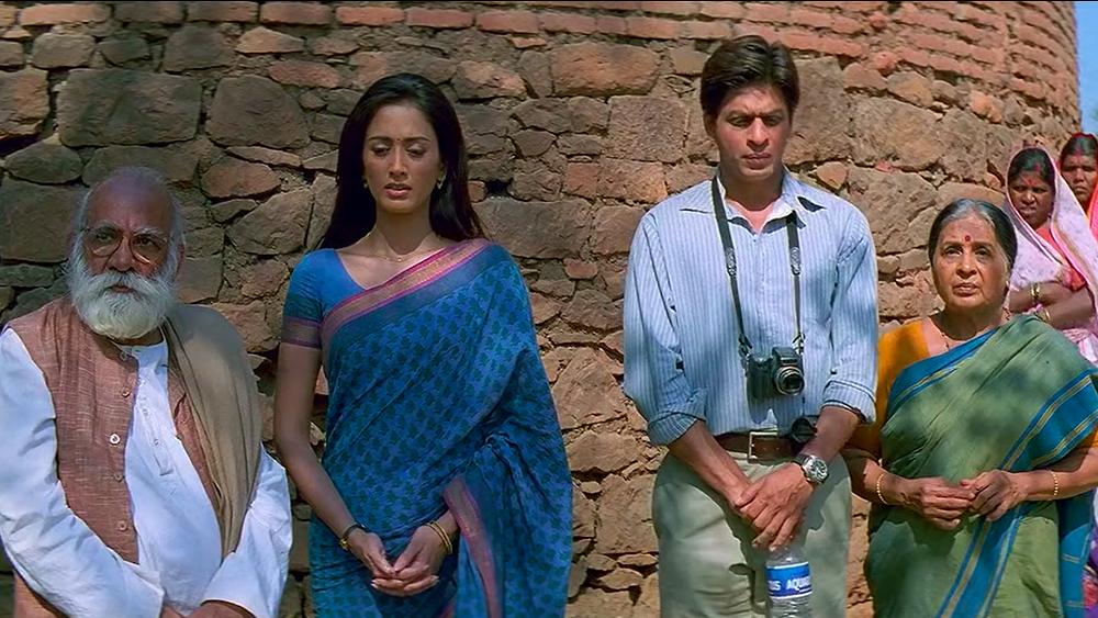 ২০০৪ সালে 'স্বদেশ'-এর পর তিনি কাজ করা প্রায় ছেড়েই দিয়েছিলেন। ২০০৮-এ 'ফির কভি' এবং ২০১৫-এ 'নাগরিক' ছবিতে তিনি কাজ করেছিলেন। এর পর নিজেকে সরিয়ে নিয়েছিলেন বিনোদনবৃত্ত থেকে বহু দূরে।