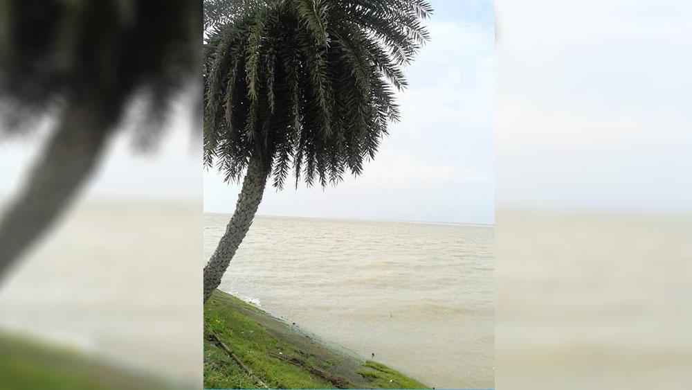 দৃশ্যমান: করঞ্জলীর নদীর পার