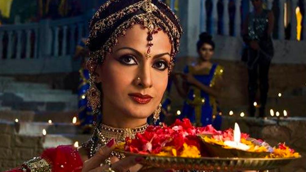 ২০১২ সালে জি টিভিতে সম্প্রচারিত হয়েছিল 'রামায়ণ: সব কে জীবন কা আধার'। মূলত তুলসীদাসের 'রামচরিতমানস কাব্য' অবলম্বনে এই ধারাবাহিকে শিখা ছিলেন কৈকেয়ীর চরিত্রে।