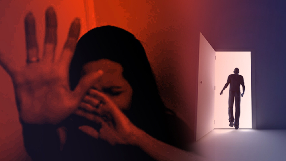 পুলিশের দাবি, জেরায় মোহন কুমার জানিয়েছে, তার শিকারের সংখ্যা ৩২! যদিও বারোটি মামলায় তার বিরুদ্ধে প্রমাণ পাওয়া যায়নি। পুলিশকে সে জানিয়েছিল, প্রথমে প্রেমের অভিনয় আর বিয়ের প্রতিশ্রুতিতে সে তরুণীদের মন জয় করত। তার ডাকে সাড়া দিয়ে নতুন সংসার করার আশায় বাড়ি থেকে পালাতেন তরুণীরা। তাঁদের সঙ্গে থাকত গয়না।