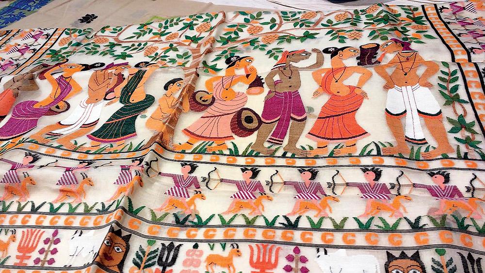 শিল্পসুষমা: ঢাকাই জামদানিতে সাঁওতাল উৎসবের রূপায়ণ