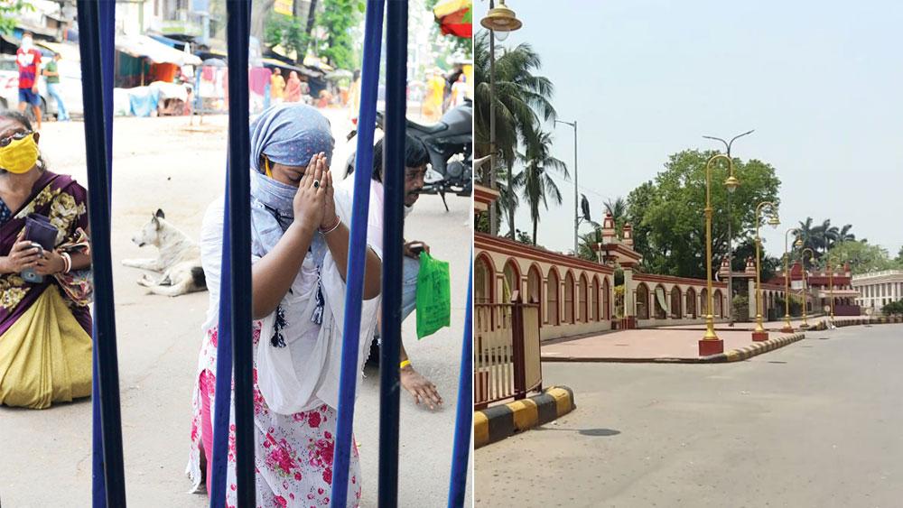 করজোড়ে..: কালীঘাটের বন্ধ দোরে ভক্ত। (ডান দিকে) খাঁ খাঁ দক্ষিণেশ্বর মন্দির চত্বর। মঙ্গলবার। ছবি: সুদীপ্ত ভৌমিক