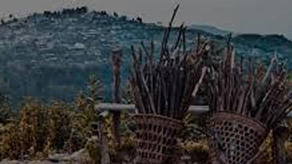 চতুর্থ মন্ত্র হল খাবার। গরিব এবং দুঃস্থদের যাতে খাবার পেতে কোনও অসুবিধা না হয়, তাঁরা যেন সরকারি মূল্যে সমস্ত রেশন পেতে পারেন, তারও ব্যবস্থা করেছেন জেলার ডেপুটি কমিশনার। গোটা বিষয়টির উপর কড়া নজরদারিও রয়েছে তাঁর।