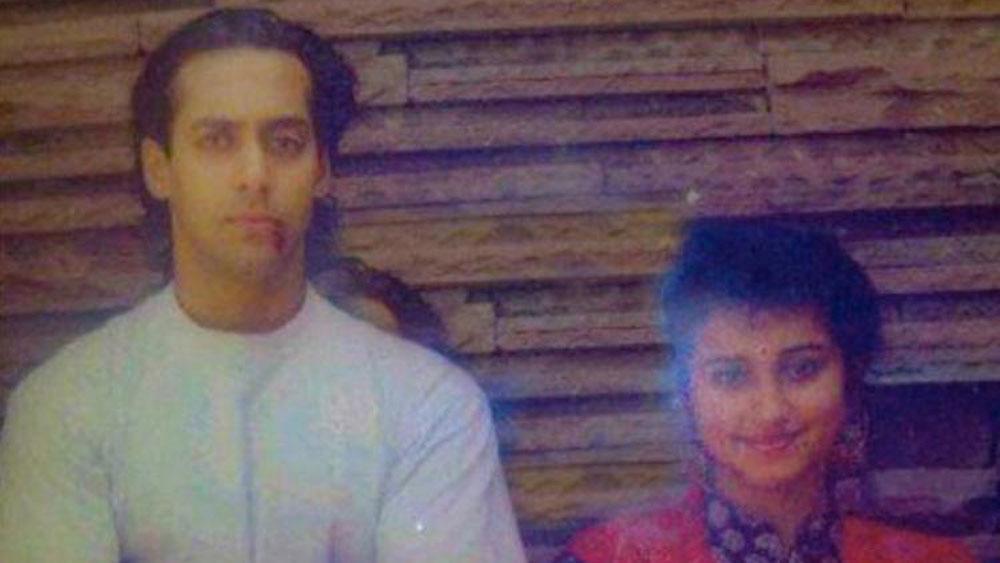 সবে দু'একটা ছবি করেছেন। তার পরেই ১৯৯৫ সালে সলমন খানের নায়িকা হিসেবে 'বীরগতি'তে সুযোগ পান দিব্যা দত্ত। কিন্তু সময় যত এগিয়েছে, ততই নায়িকা থেকে পার্শ্বনায়িকার ভূমিকায় অবতীর্ণ হয়েছেন দিব্যা। দীর্ঘ কেরিয়ারে 'বীর-জারা', 'দিল্লি-৬', 'ভাগ মিলখা ভাগ'-এর মতো ছবিতে অভিনয়ের জাত চিনিয়েছেন তিনি।