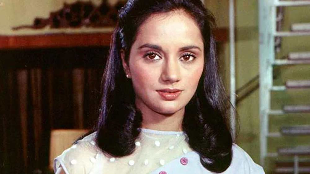 নব্বইয়ের দশকের মাঝে তিনি কিছু টিভি সিরিয়ালেও অভিনয় করেছিলেন। তারপর প্রায় দেড় দশক পরে আবার ফিরে আসেন ইন্ডাস্ট্রিতে। ২০০৫ সালে অভিনয় করেন 'অনজানে: দ্য আননোন' ছবিতে।
