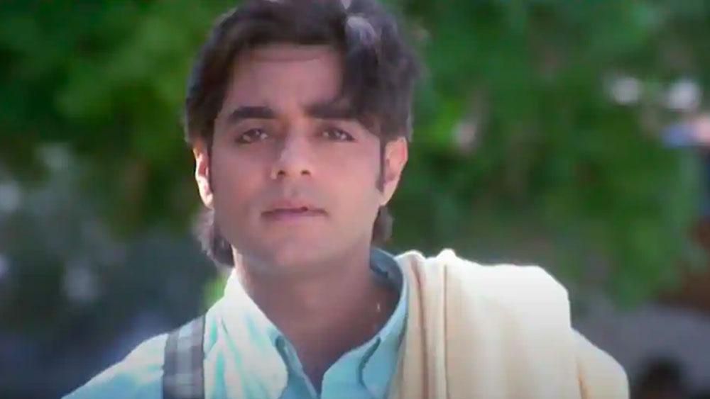 এর পর আরও কিছু ছবিতে অভিনয় করেন চন্দ্রচূড়। কিন্তু কোনওটাই বক্স অফিসে লক্ষ্মীলাভ করেনি। সম্প্রতি তিনি সুস্মিতা সেনের বিপরীতে অভিনয় করেছেন ওয়েব সিরিজ'আরয়া'-তে।