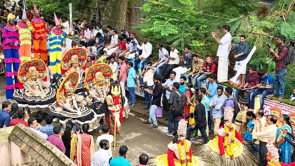 শোভাযাত্রা: কেরলের পথে 'ওনাম'-এর উৎসব ঘিরে দর্শনার্থীদের ভিড়। ছবি সৌজন্য: উইকিমিডিয়া কমনস