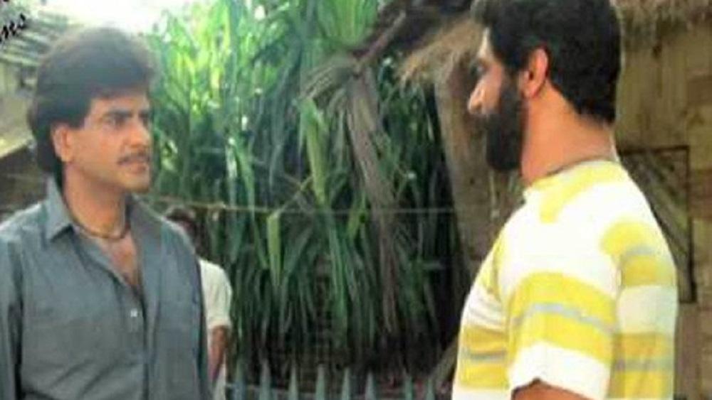 'কালিচরণ' ছবিতে মানিককে দেখে এত পছন্দ হয়েছিল যে, ১৯৮৩ সালে 'হিরো' ছবিতে তাঁকে সুযোগ দেন পরিচালক সুভাষ ঘাই। সেই ছবির সূত্রেই 'বিল্লা' নামে পরিচিতি পান মানিক। আজও পিতৃপ্রদত্ত নামের চেয়ে বিল্লা হিসেবেই তাঁকে চেনেন দর্শক।