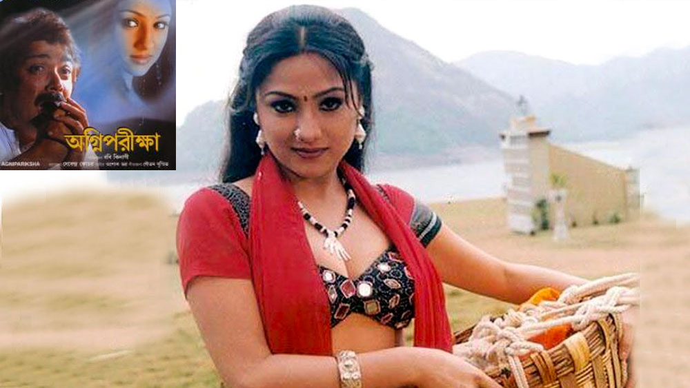 প্রসেনজিৎ চট্টোপাধ্যায়ের বিপরীতে প্রিয়ঙ্কা প্রথম অভিনয় করেন 'অগ্নিপরীক্ষা' ছবিতে। রবি কিনাগি পরিচালিত এই ছবি মুক্তি পেয়েছিল ২০০৬-এ।