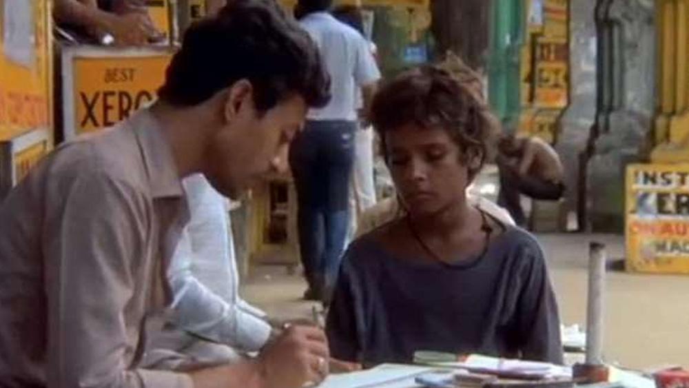 তাঁর প্রথম সিনেমা 'সালাম বম্বে' মু্ক্তি পেয়েছিল পরের বছর, ১৯৮৮ সালে।