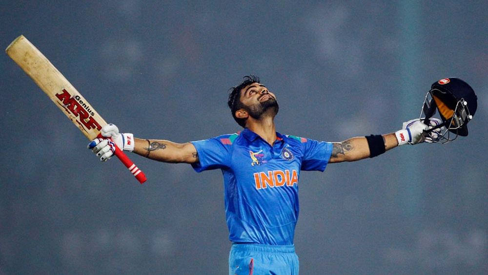 একমাত্র ভারতীয় ক্রিকেটার হিসেবে ৫০ ওভারের বিশ্বকাপের প্রথম ম্যাচেই শতরান রয়েছে তাঁর। ২০১১ সালে বাংলাদেশের বিরুদ্ধে ওই ম্যাচে ১০০ রানে অপরাজিত ছিলেন তিনি।