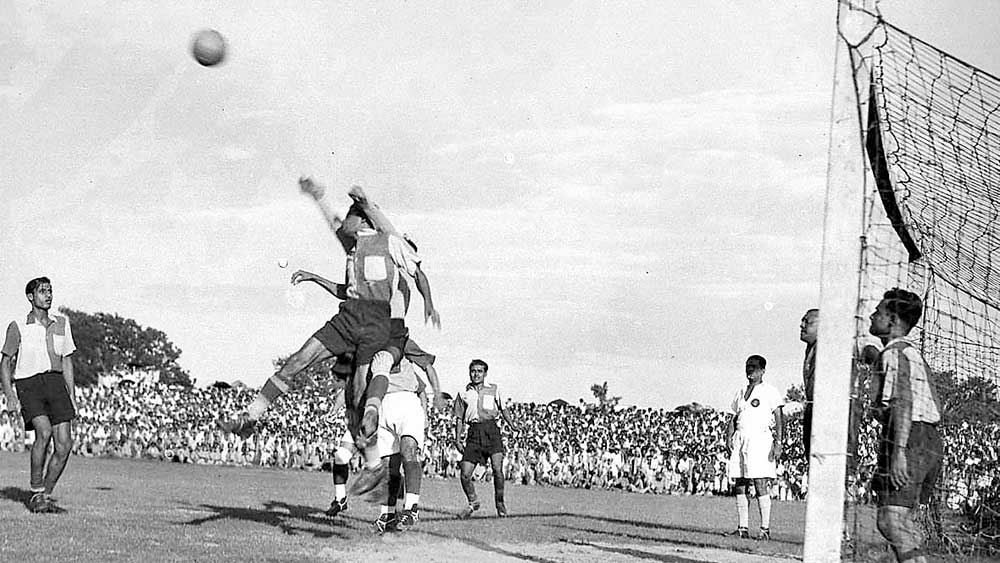 পঞ্চাশের দশকে ময়দানের ফুটবল।