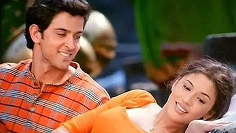 ২০০০ সালে হৃতিক রোশনের সঙ্গে 'ফিজা', ২০০১ সালে 'রাহুল' এবং 'আত্মা' নামে দু'টি ছবি করেন ওই নেহা নামেই।