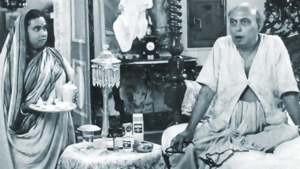 'সাড়ে চুয়াত্তর'-এ তুলসী চক্রবর্তী