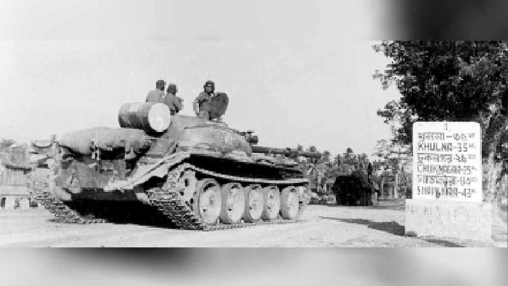 সমরচিত্র: ১৯৭১ সালে পূর্ব পাকিস্তানের মাটিতে ভারতীয় সেনাবাহিনীর ট্যাঙ্ক।