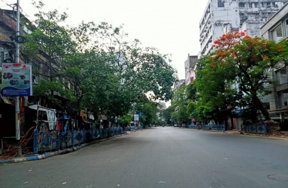 শুনশান রাজপথ