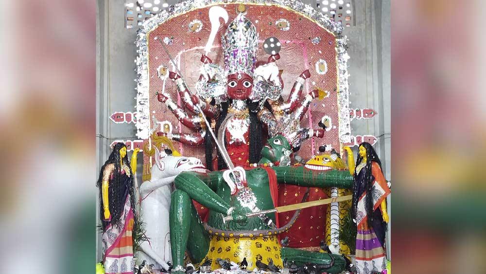 কোচবিহার রাজবাড়ির  প্রতিমা।
