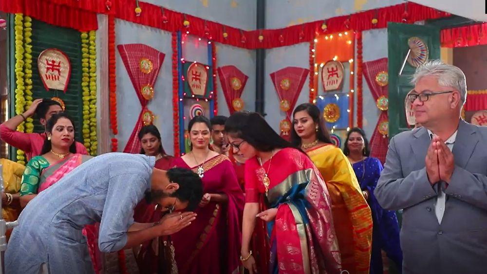 Durga Puja 2021: পুজো সবে শুরু 'সৌগুন'-এর! ঢাকের তালে নাচছে পটকা, মিষ্টি, রূপাঞ্জন