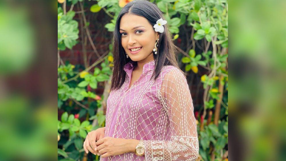 'পদ্মাপুরাণ'-এ সাদিয়া আফরিন মাহি অভিনয় করেছেন অন্তঃসত্ত্বা এক নারীর ভূমিকায়।