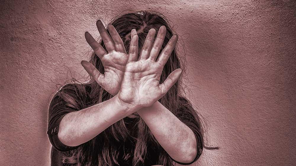 Traumatic stress: ছোটবেলার যৌন হেনস্থা মেয়েদের মধ্যে বাড়াতে পারে ডিমেনশিয়া, স্ট্রোকের আশঙ্কা! জানাল গবেষণা