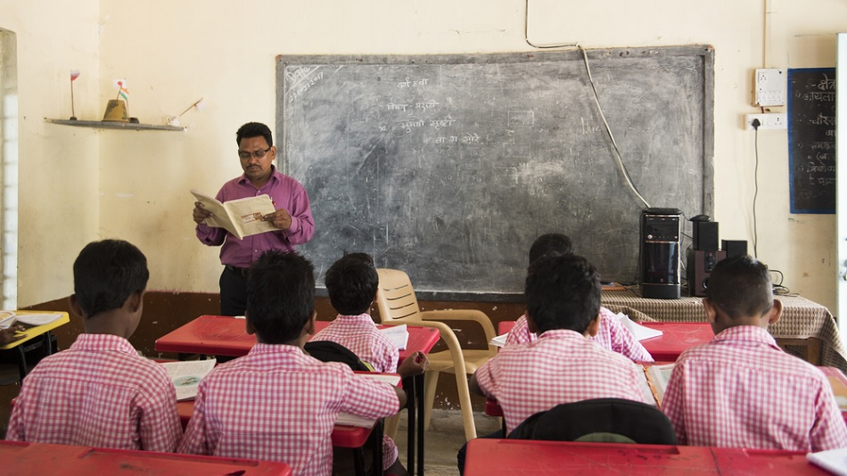 Bengal Shiksharatna Award 2020: Teachers' COVID-19 and Amphan related work  to be rewarded - ABPEducation
