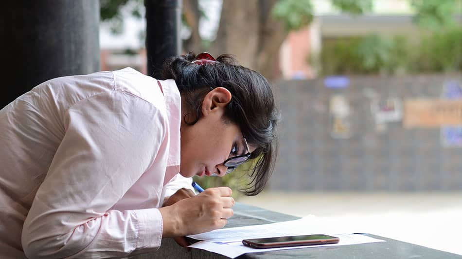 The cut-offs are expected to go higher this year as more than 70,000 students have scored over 95% in CBSE Class XII results.   Image Source: Shutterstock