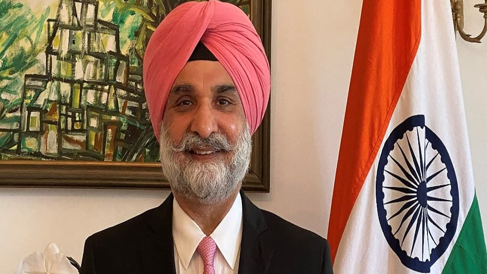 In recent months, Sandhu has visited many universities including Georgia Tech, Emory University, University of California Angeles. Image Source: Twitter