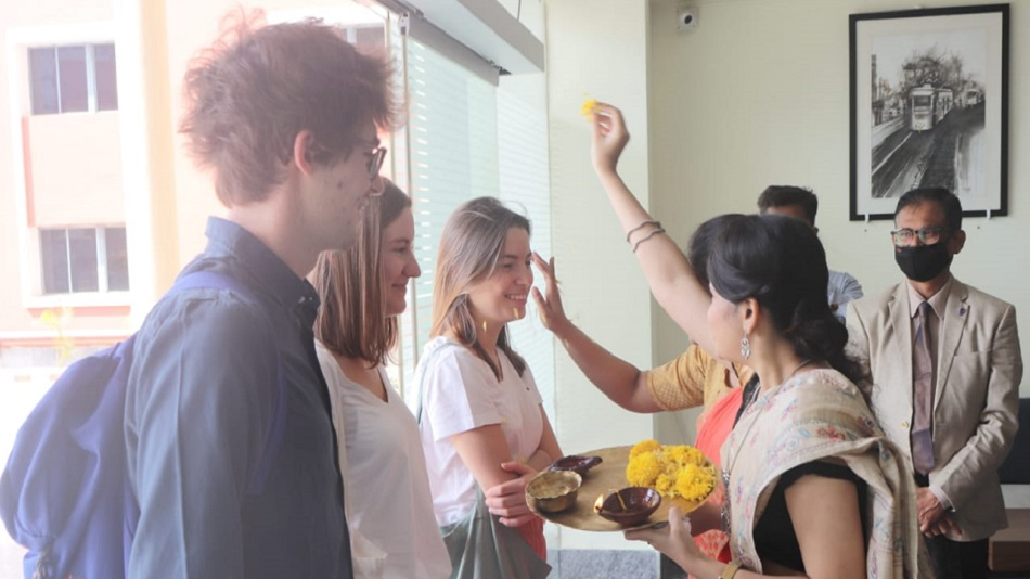 SNU welcomes the French students in a traditional Indian way. Image Source : Sister Nivedita University