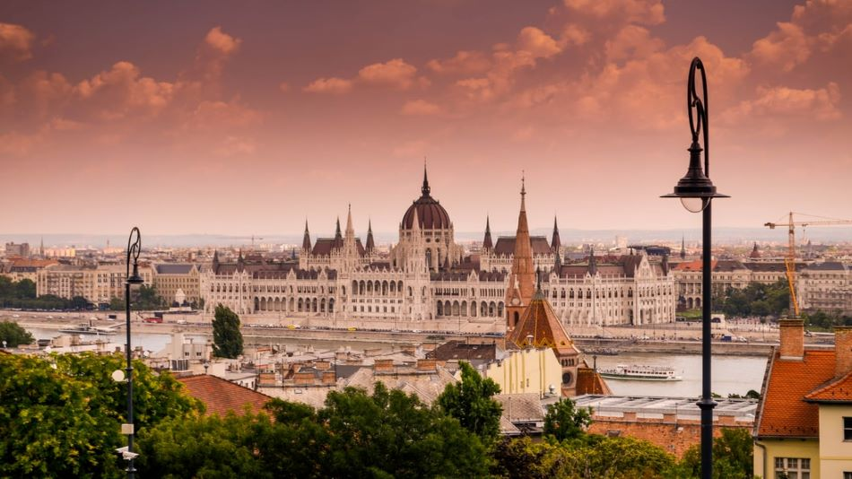 Caption: Hungary has 65 higher education institutions, ranging from minor universities of applied sciences to top research universities SOURCE: Unsplash