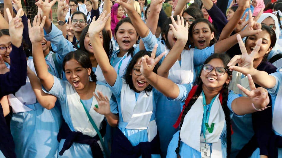 Madhyamik 2020 recorded a pass percentage of 86.34%.  Image Source: Shutterstock