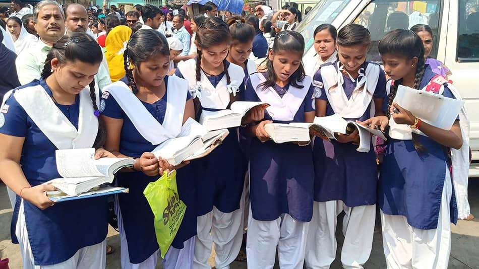 Girls enrolled from pre-primary to Class XII in West Bengal schools also outnumber boys, according to a study released by the Unified District Information System for Education Plus. Image Source: Shutterstock