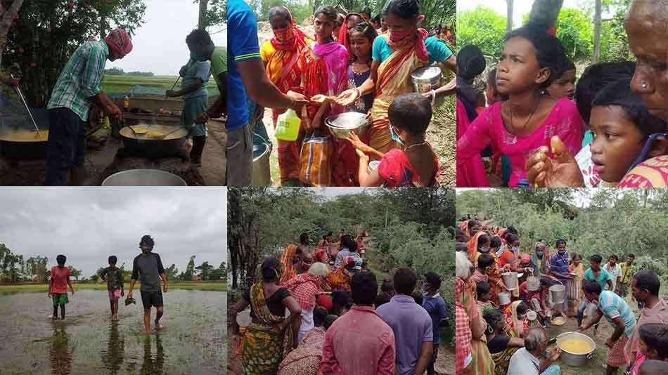 Team Rebuild Sundarbans distributing food among the villagers of Radhanagar in the Sunderbans.