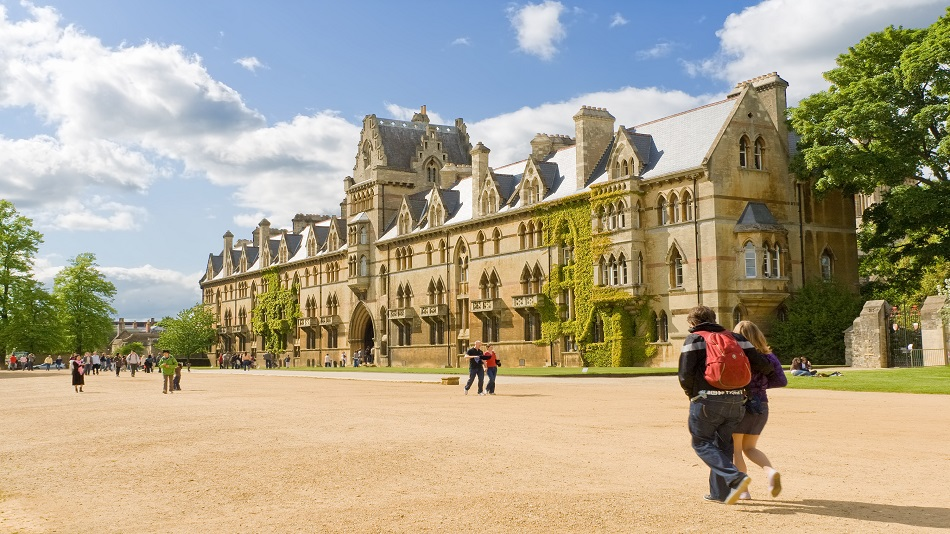 Students from eligible commonwealth countries can apply. Image Credit: Shutterstock