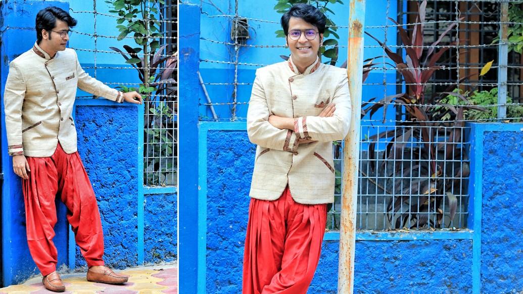 """পুজোয় আসছে নতুন ছবি 'ড্রাকুলা স্যর'। কথায় কথায় রেশমিকে বললেন, """" আমায় একটা ড্রাকুলার মাস্ক দিতে পারেন? """""""