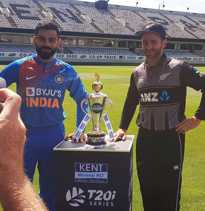 Two captains Virat Kohli and Kane Williamson all smiles as they pose with the trophy ahead of the 5-match T20I series