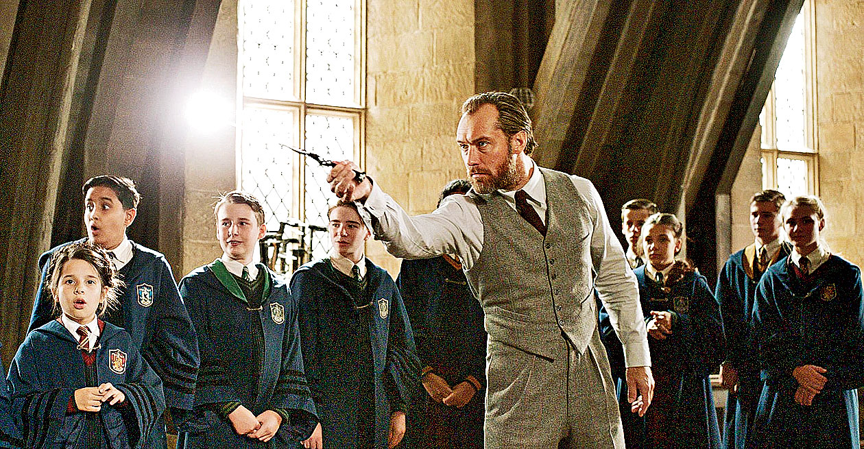 Jude Law as a younger Dumbledore in a scene from Fantastic Beasts: The Crimes of Grindelwald